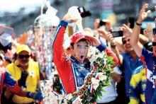 賞金2億7千万円ーー「インディ500」で日本人初優勝の佐藤琢磨を錦織圭レベルで例えると?