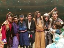 山崎賢人、主演舞台『里見八犬伝』無事終了に感謝