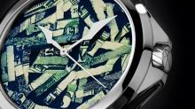材料は切り刻んだドル紙幣!?スイス時計ブランドが現代アートな腕時計を発表