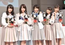 AKB48・横山由依、高橋朱里らロボットとダンス共演「私たちよりそろっている」