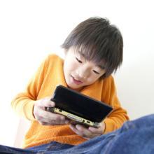 依存性を招く!? 子どものゲームが脳や人格形成に与える影響