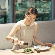 佐藤香菜さんの美の秘密_美容の賢者から学ぶ、昼のきれい習慣