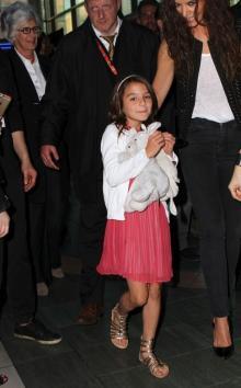 トム・クルーズの娘、メイクでますます美人もガタガタの歯はパパ譲り!?