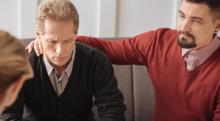 うつ病の原因と症状は? 再発しやすいうつ病の治療法やうつ病の人への接し方