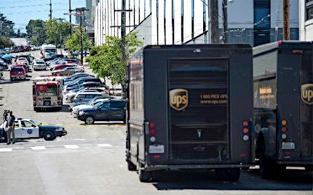 UPS倉庫で銃撃、3人死亡=米