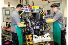 ディーゼルに続きガソリン版も! ジャガー・ランドローバーの新世代エンジンがいよいよ登場