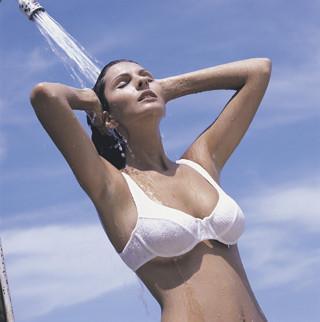 美肌から気分改善まで! 温冷浴の効果を示唆する研究を学ぶ