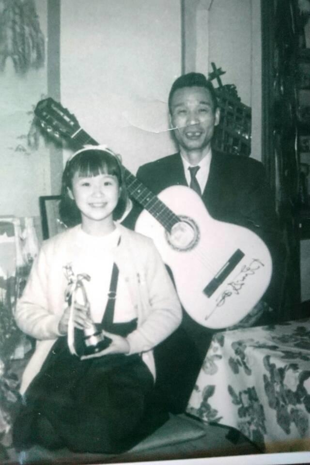 小林幸子 デビューに導いてくれた父に感謝、9歳の時の2shot公開