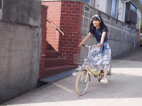 芳根京子 「普通と違う」ファースト写真集に隠された意図明かす
