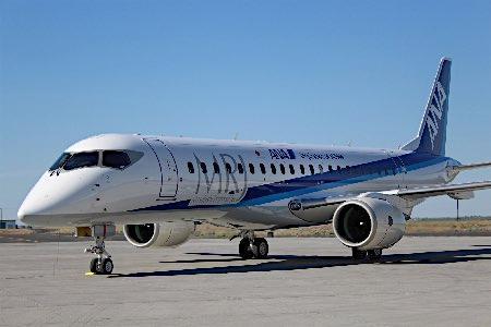 MRJの実機お披露目=パリ航空ショー
