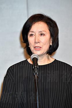 高畑淳子、昼ドラ復帰作でヘソ出し 息子溺愛の母役