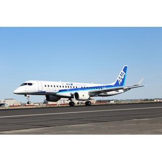 MRJ、パリ・エアショーまでの動画公開--ANA塗装の現場や欧州初上陸の飛行姿
