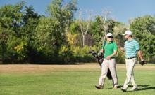 【ゴルフ】最新トレンドは?ゴルフウェアの洗練された着こなし方