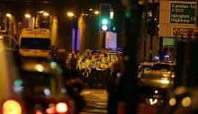 イスラム教徒に車、1人死亡=モスク近く突入、テロの可能性-ロンドン