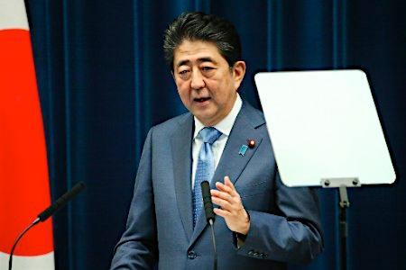 安倍首相、内閣改造を検討