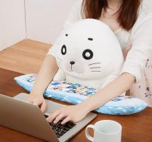パソコン作業を楽しくするPCクッションに 仮面ライダーファイズ」と「ゴマちゃん」登場