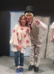 いしだ壱成 主演舞台で宝塚出身女優が明かす「アドリブだらけ」