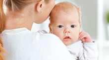 知っておきたい乳児脂漏性湿疹の原因と正しいケア
