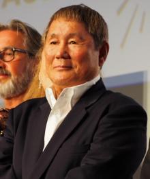 北野武監督、フランス映画祭で得意のギャグ カトリーヌ・ドヌーヴらはキョトン