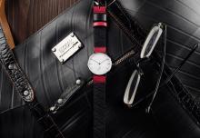 使用済みタイヤチューブをリユース!150本限定の国産腕時計