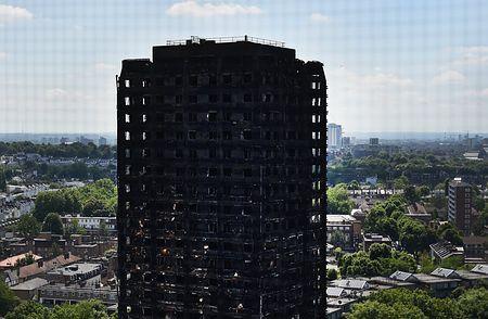 英アパート火災、犠牲者58人か=「死亡と推定」と警察