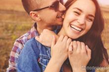 「女友達だと思ってたのに…」男性の中に恋心が芽生える瞬間4つ
