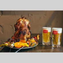 豪快!丸ごとチキンなどのBBQ料理をオリジナルのドイツビールと一緒に楽しむ夏季限定メニュー