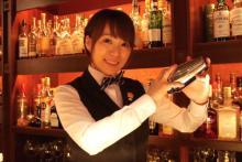「AKBカフェっ娘」が日本一のバーテンダーになった日
