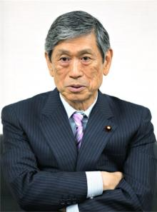 9月にも改憲案たたき台=自民副総裁