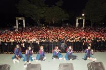 BiSH、代々木公園フリーライブに3000人