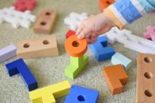 2歳の子どもの発育にピッタリ! 人気のおもちゃ9選