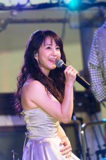 相田翔子、TCKで思い出の曲を披露!「この時代にも使っていただけるのはうれしい」