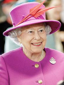 91歳エリザベス女王 スピーチ延期の真相と戴冠問題