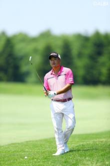 「後半は穴が広がっとった」小田孔明おじいちゃんゴルフでジャンプアップ