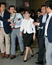 稲田防衛大臣の失言より豊田議員の「このハゲー」騒動が大きく報じられることの危機【菅野完】