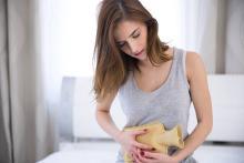 【医師監修】ホルモンバランスの乱れで起きやすい、体の症状7つ