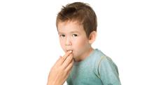 乳歯の下から永久歯が生えてくると歯並びが悪くなる?