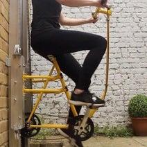 ペダルを漕いで2階へ!…足漕ぎエレベーター「Vycle」のコンセプトは垂直移動する自転車