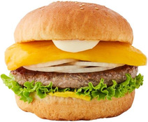 【衝撃】あの「マンゴーバーガー」がフレッシュネスに返ってきた!マンゴーと肉の絡みがくせになる?