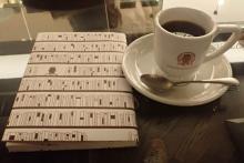 紹介文だけで本を選ぶカフェ 『梟茶房』が本好きに天国すぎる