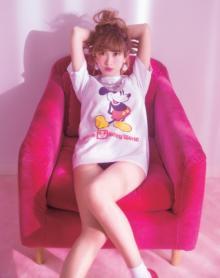 紗栄子、写真映えテク公開 ポーズ、コーディネイト、肌見せなど実例で解説