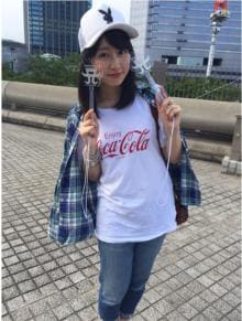 ももクロ・佐々木彩夏 「あゆコーデ」で浜崎あゆみライブに遠征