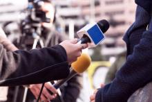 SNS画像はニュース報道に使っていいの? 法律の視点から弁護士がズバリ解説