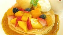 クア・アイナ夏のパンケーキはマンゴーづくし!マスカルポーネとろける「マンゴーとマスカルポーネのパンケーキ」が贅沢