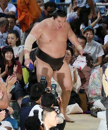 白鵬、通算1045勝=千代の富士に並ぶ歴代2位-大相撲