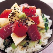 まぐろのお刺身に一工夫加えて、ちょっと豪華なまぐろ丼レシピ5選
