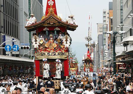 古都の夏、華やかに=祇園祭で山鉾巡行-京都