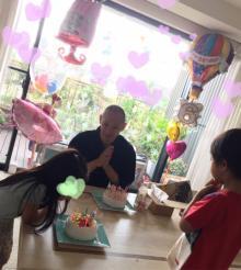 市川海老蔵、愛娘・麗禾ちゃん6歳の誕生日をお祝い「麻央もいます」