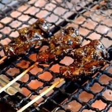 伏見稲荷になぜスズメの丸焼きがあるのか--その理由で味わい深さが変わった