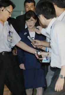 「辞任は当然」「遅い」=稲田防衛相に厳しい声